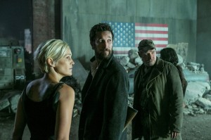 Falling Skies Feature (5)