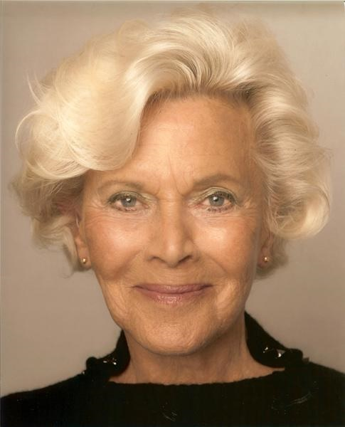 honor blackman - photo #16