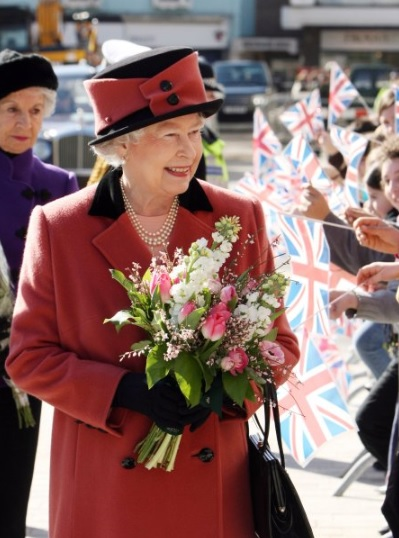 It's Official: Netflix Greenlights 'The Crown' As First UK ...