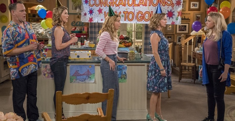 'Fuller House' Trailer Is Full of Wedding Drama, Proposals, Pregnancies