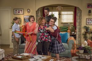 Netflix UK Sets Premiere Date For 'One Day At A Time' Season 2